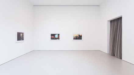 Philip-Lorca diCorcia, Hustlers (Installation View), courtesy Philip-Lorca diCorcia and David Zwirner Gallery
