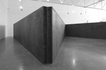 Richard Serra, 7 Plates 6 Angles (2013), © Richard Serra. Courtesy Gagosian Gallery. Photograph by Cristiano Mascaro 1