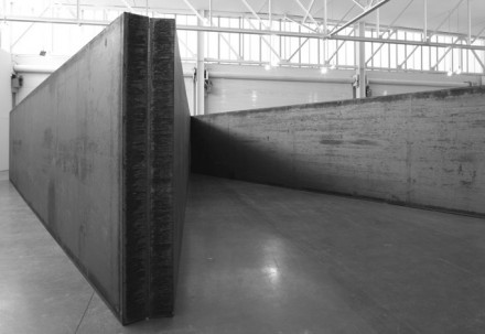 Richard Serra, 7 Plates 6 Angles (2013), © Richard Serra. Courtesy Gagosian Gallery. Photograph by Cristiano Mascaro
