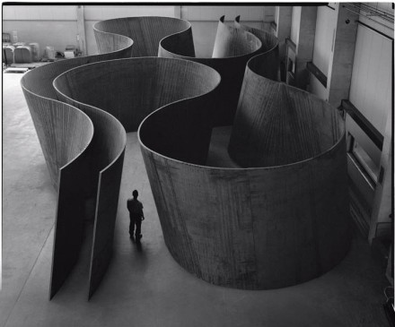 Richard Serra, Inside Out (2013), © Richard Serra. Courtesy Gagosian Gallery. Photograph by Lorenz Kienzle