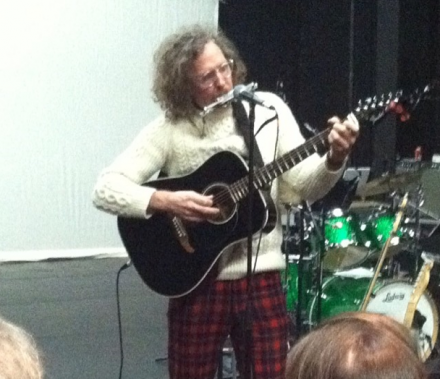 Martin Creed performs at The Kitchen, via Art Observed