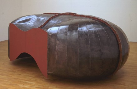 Richard Deacon, Struck Dumb (1998)