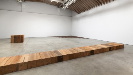Carl Andre at Paula Cooper Gallery (Installation View), New York (May 31 – July 25, 2014), © 2014 Carl Andre / VAGA. Courtesy Paula Cooper Gallery, New York. Photo: Steven Probert