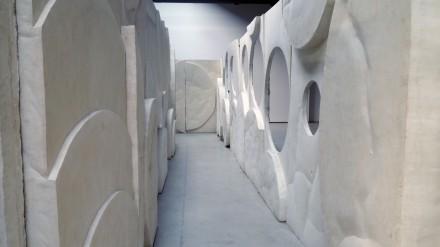 Thomas Houseago (Installation View), via Ellen Burke for Art Observed 4