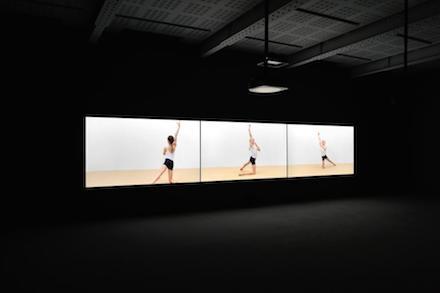Rineke Dijkstra_Marian Goodman Gallery_Installation view 4