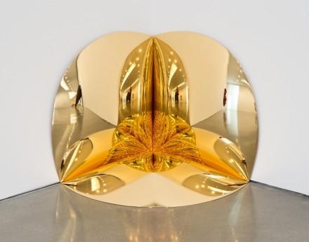 Anish Kapoor, Gold Corner (2014), via Regen Projects