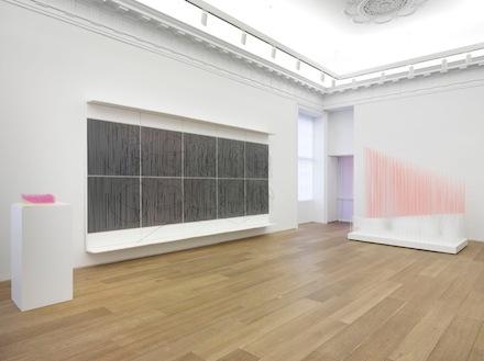 Jesus Rafael Soto_Chronochrome_Galerie Perrotin_installation view 3