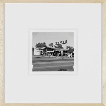 Ed Ruscha, Standard Station, Amarillo, Texas (1962)