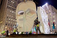 Thomas Houseago's Mask goes up at Rockefeller Center