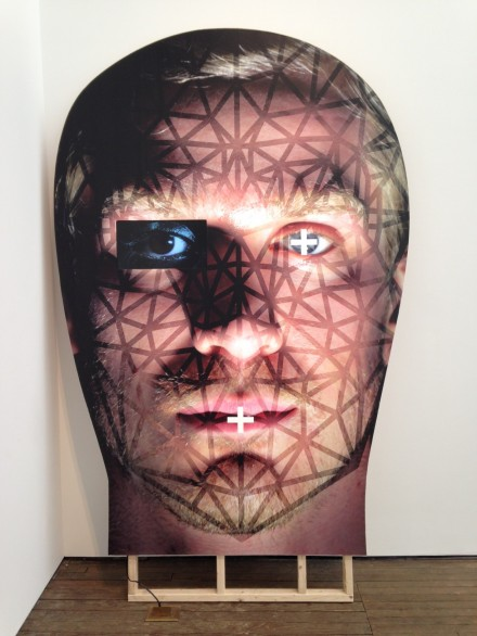 Tony Oursler, Boss (2015)