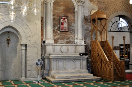 christophbüchel_mosque_islandicpavilion_sk8