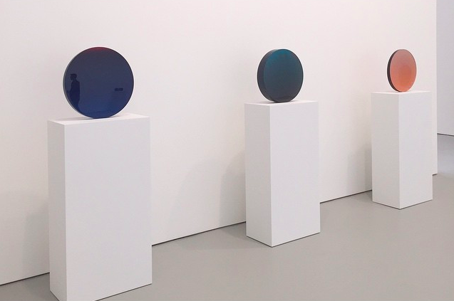 De Wain Valentine, Works From The 1960s And 1970s (Installation View), Via