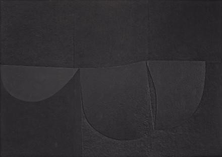 Alberto Burri, Cellotex, (1980–89), Private collection, courtesy Lia Rumma Gallery, Milan and Naples. Photo: Giorgio Benni, courtesy Lia Rumma Gallery, Milan and Naples