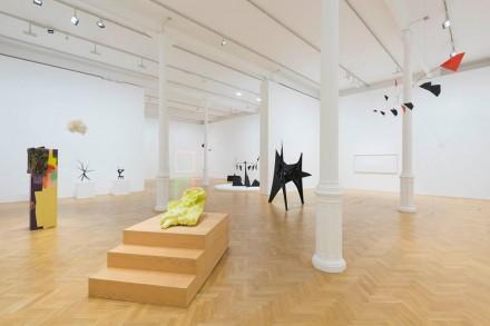 Calder_Exhibition_Pace